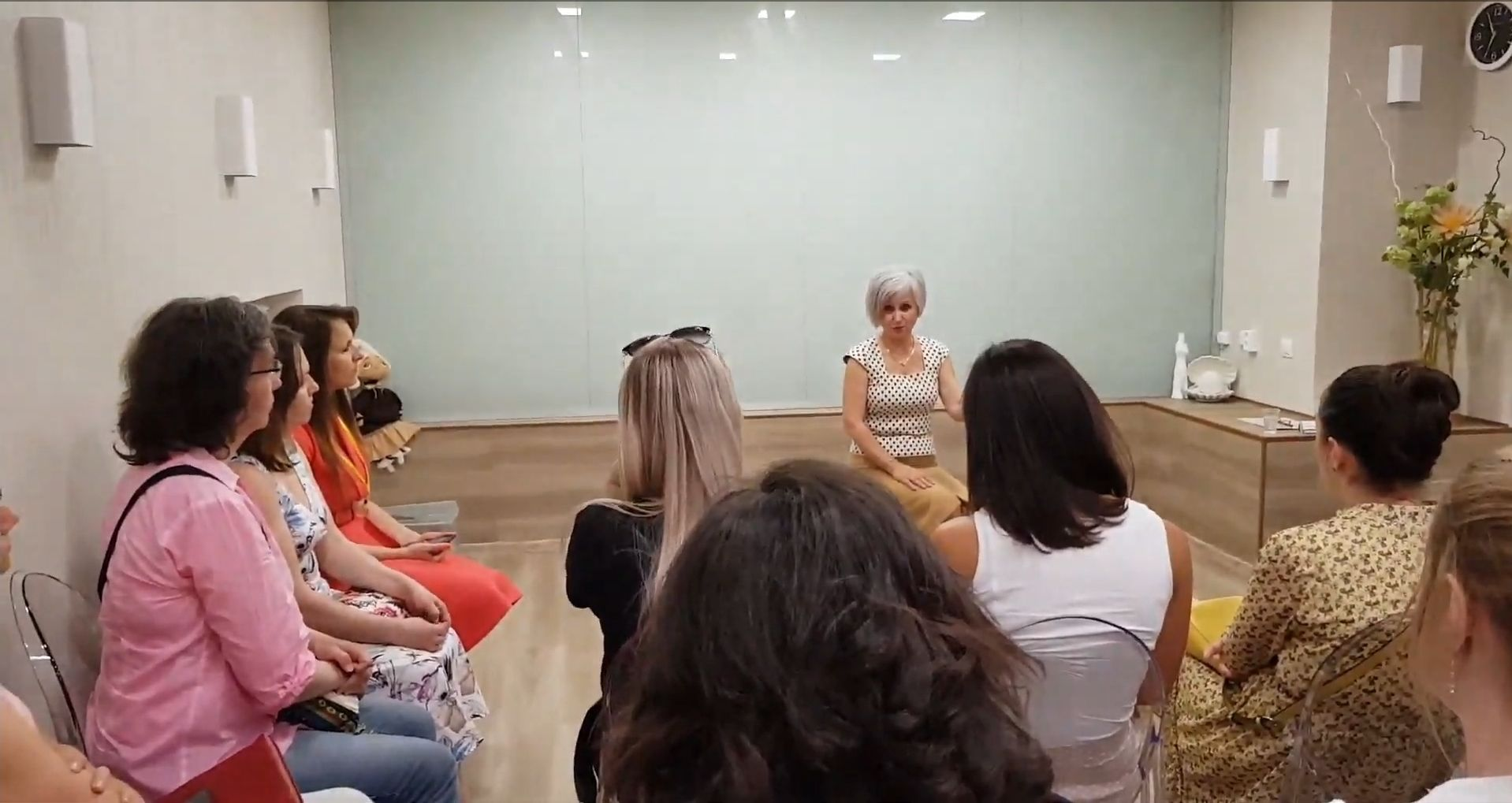 Встреча «Время вопросов и ответов с Валентиной Саматовой» состоится в четверг, 22 августа, с 18 до 20 часов. Вход на встречу бесплатный!
