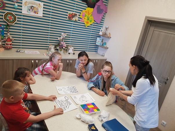 """Приглашаем ребят в летние каникулы на мастер-классы и курсы в семейный центр """"Аэлита Family""""!"""